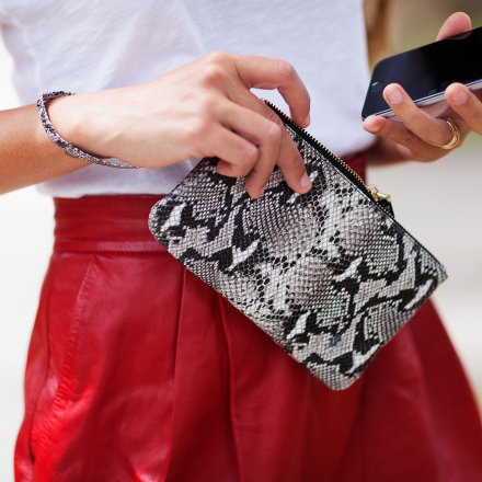 Mighty Purse Clutch with Charging Battery Original Snake Black/White Textured
