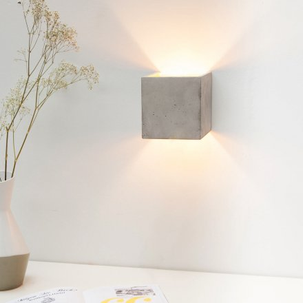 Wall Lamp Concrete Kubus