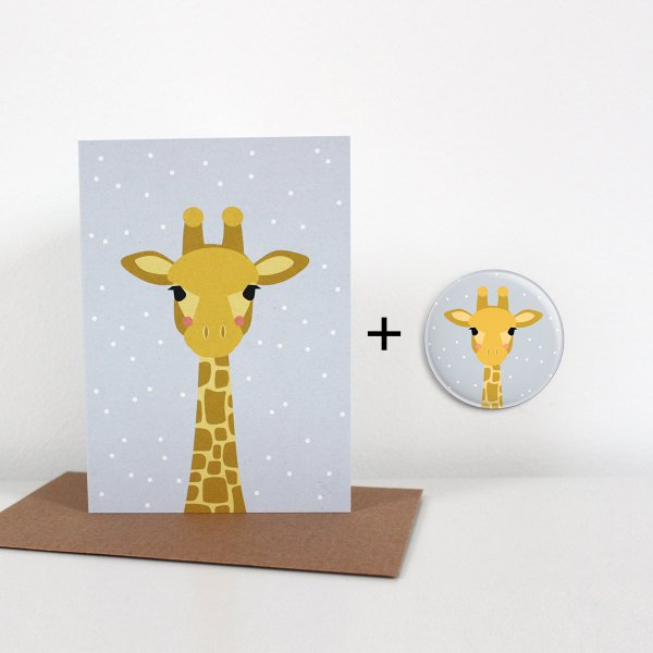 Ava&Yves Folded Card & Button Baby Giraffe