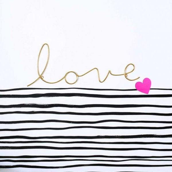 Bombay Duck Decorative Word love for hanging