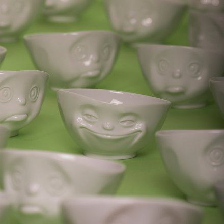 Latte Cup with Facial Motif Grinning Cup